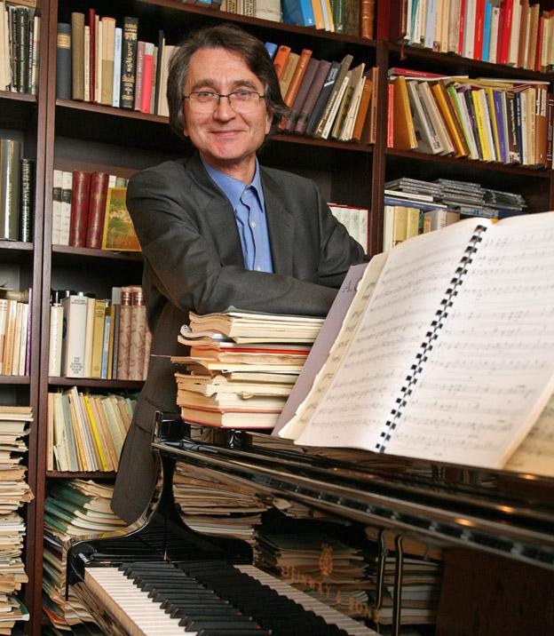 Koroliov in seinem Studierzimmer (c) Stephan Wallocha